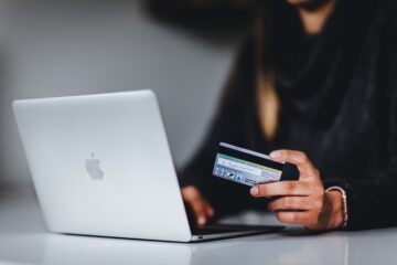 what is e-commerce guide
